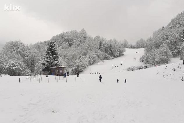 Ski lift Karaula pruža mogućnost uživanja na otvorenom (Foto: Facebook)