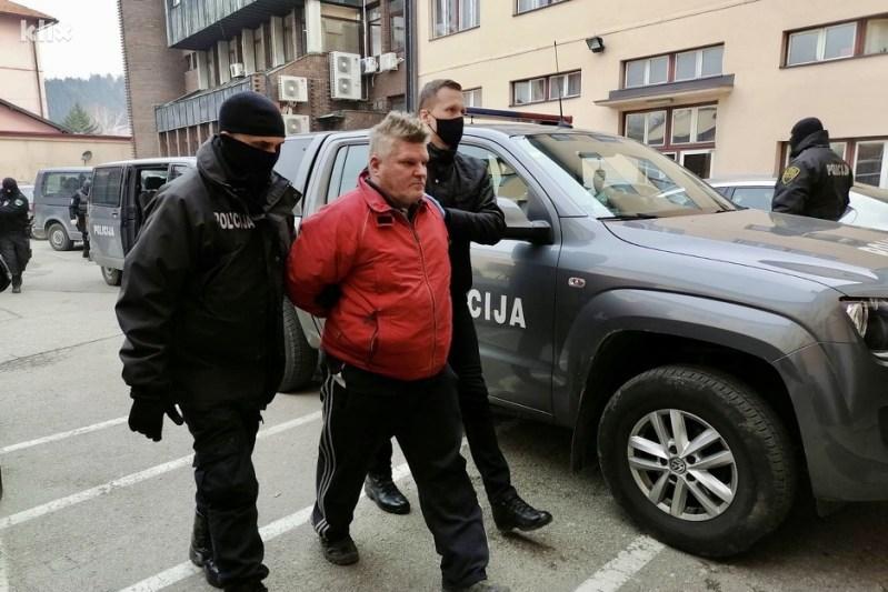 Slijedi ispitivanje uhapšenih (Foto: Klix.ba)