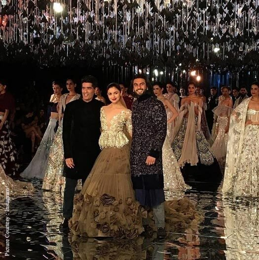 Gully Boy Pair Ranveer & Alia Walk The Ramp For Manish Malhotra
