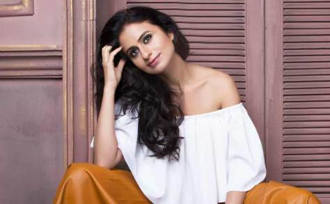Rasika Dugal sexy Bollywood actress Height, Weight, Age, Body Measurement, Wedding, Bra Size, Husband, DOB, instagram, facebook, twitter, wiki