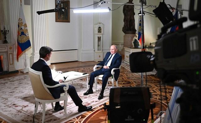 Интервью журналисту американского телеканала NBC Киру Симмонсу.
