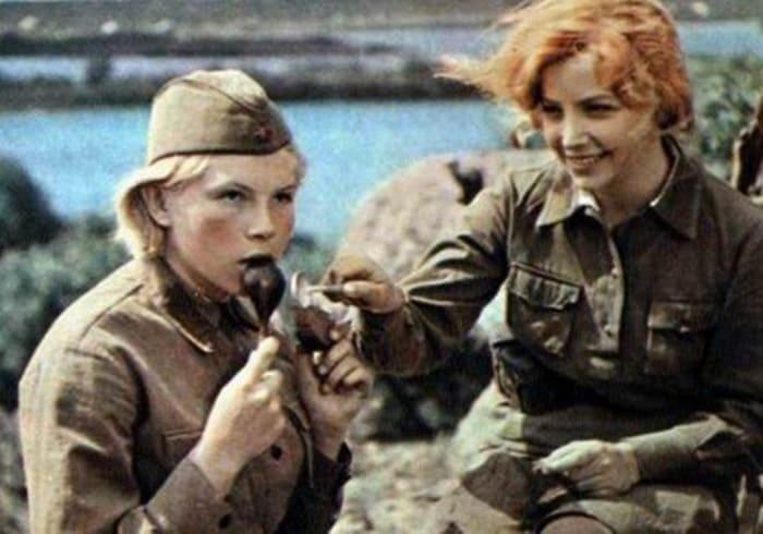 Кадр из фильма *А зори здесь тихие…*, 1972 | Фото: kino-teatr.ru