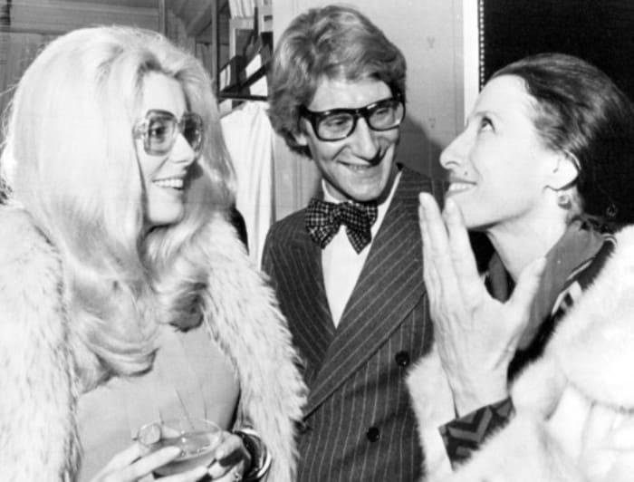 Катрин Денев, Ив Сен-Лоран и Майя Плисецкая. Париж, 1973 | Фото: fw-daily.com
