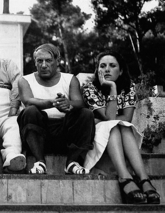 Пабло Пикассо с Дорой Маар.