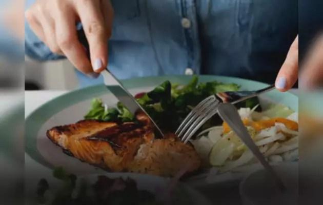 डिप्रेशन के लक्षणों को दूर कर सकता है पोषक आहार: अध्ययन