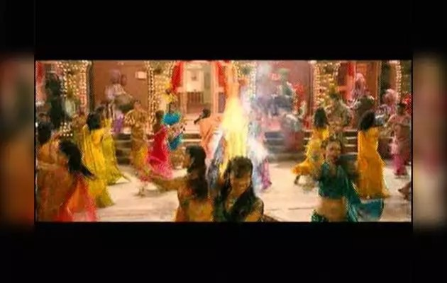 Listen to 'Yamla Pagla Deewana' on 'Lohri'