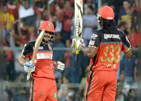 Gayle and Virat give a good start to RCB