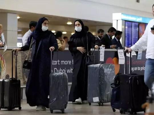 UAE Coronavirus Guidelines: यूएई जाना चाहते हैं? नई गाइडलाइन का पालन करने पर ही मिलेगी एंट्री - uae release coronavirus travel guidelines for all returning residents   Navbharat Times