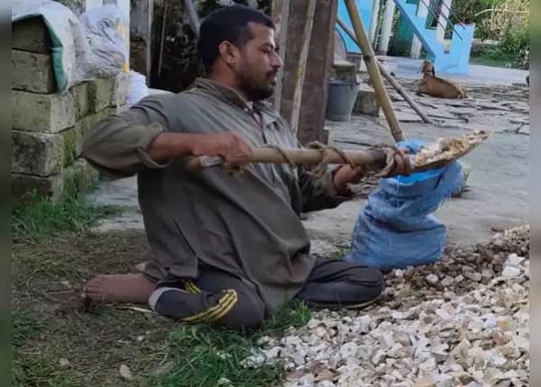Villagers doing wages under MNREGA scheme