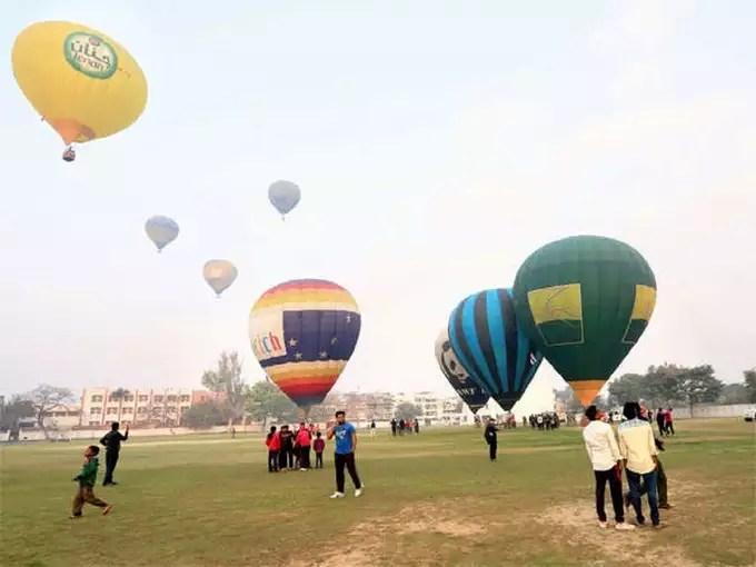 -hot-air-balloon-ride-in-hindi