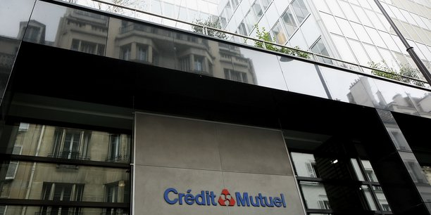 Le siège de la Confédération nationale du Crédit Mutuel à Paris.