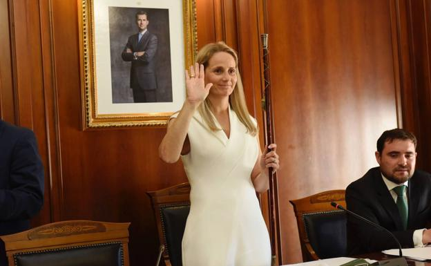 Alicia del Amor, in the inauguration of the Mayor's Office of Cehegín, in a file image.