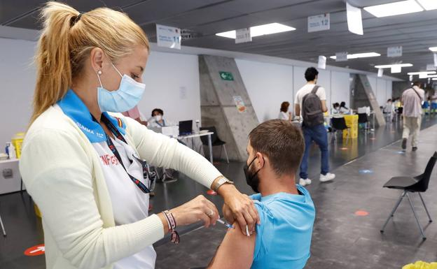 vacunacion wizink center klmB U1503822299305V