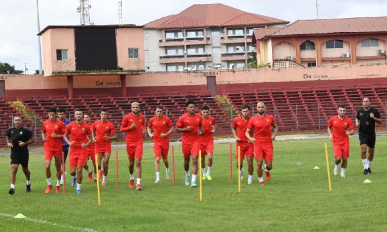 Première séance d'entraînement des Lions de l'Atlas  à Conakry.