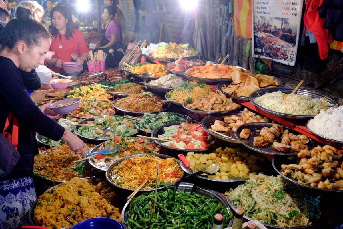 food market luang prabang