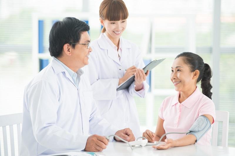 Người mua bảo hiểm được hưởng những quyền lợi về khám, chữa bệnh tại toàn bộ khối mạng lưới hệ thống bệnh viện theo lao lý hợp đồng