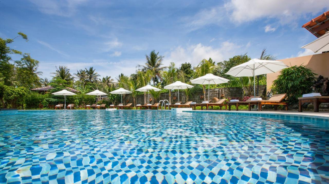Elwood Premier Resort với bể bơi tuyệt đẹp