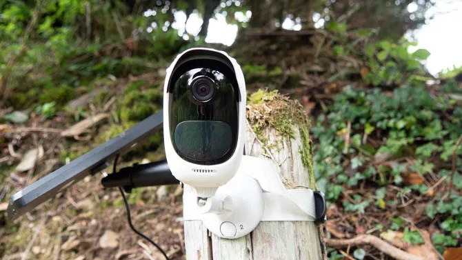 reolink argus pro front on - Reolink Argus Pro is a 100% Wireless Security Cam That Never Needs Charging