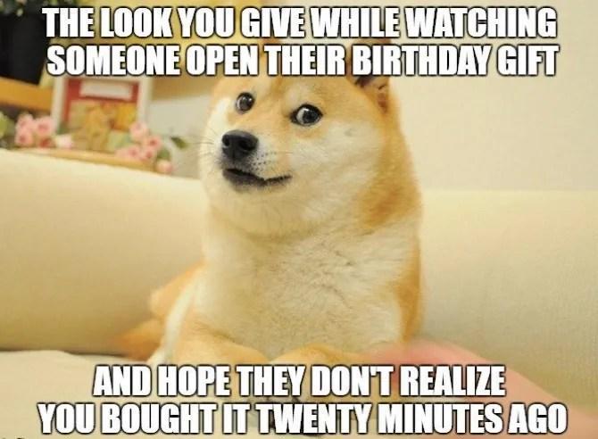 Meme di compleanno del regalo dell'ultimo minuto