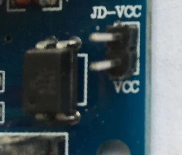 Ponticello JD-VCC a VCC