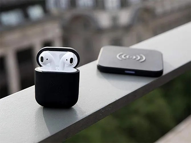 Custodia di ricarica wireless di PowerPod per Apple AirPods