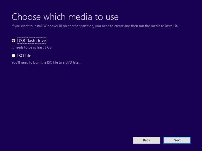 Make a bootable Windows 10 USB drive - The Internet Tips