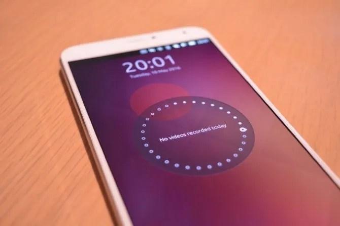Ubuntu Touch трубка