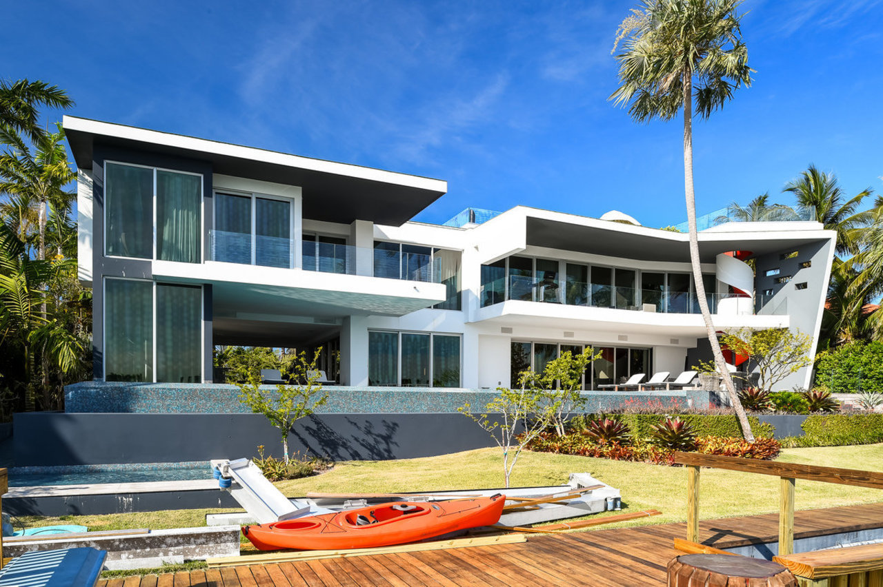 Mansion Global Daily Miami Beach Luxury Booming Jodie Foster S Beverly Hills Home And More Mansion Global