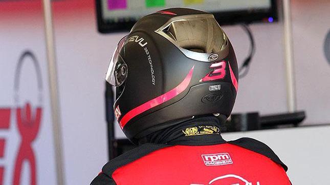 Reevu Motorcycle Helmet With Heads Up Display