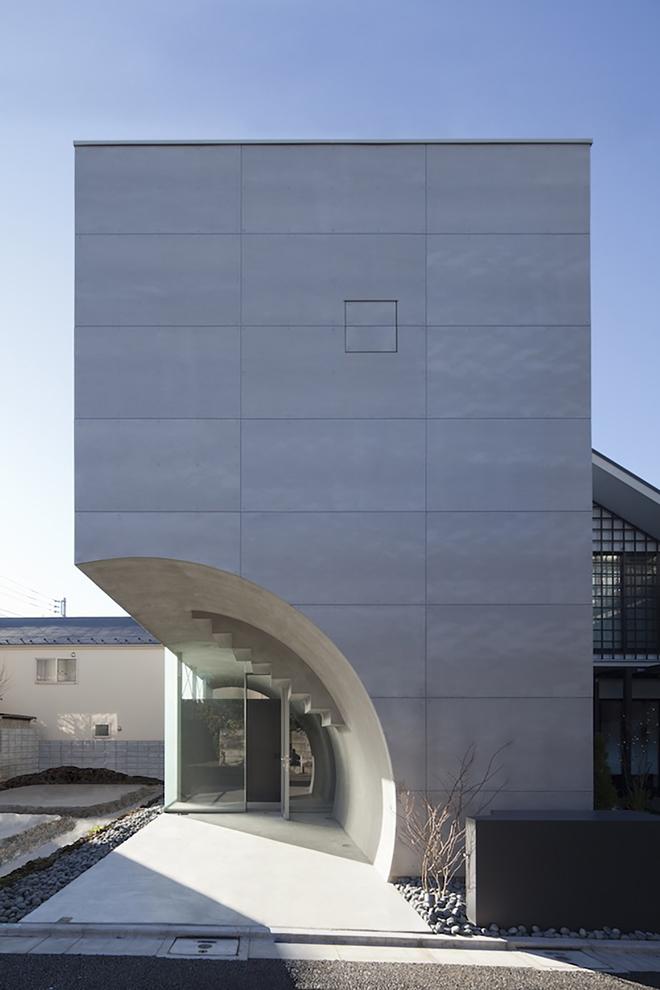 Tunnel House By Makiko Tsukada Architects Tokyo