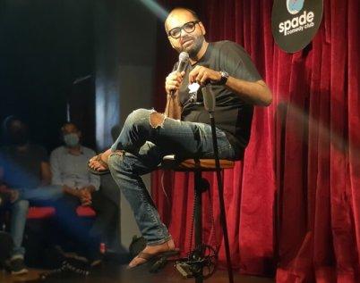 Kunal Kamra, ennemi comique numéro 1 du pays, en tournée dans la ville de Pune. © CB