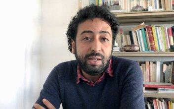 Omar Radi dans un vidéo de de la maison d'édition Openchabab sur le datajournalisme. © Capture d'écran Youtube