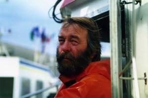 Alain Jégou sur son bateau, L'Ikaria