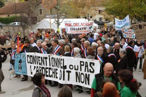 Manifestation à Barjac, le 23 octobre 2011 ©Olivier Sébart.