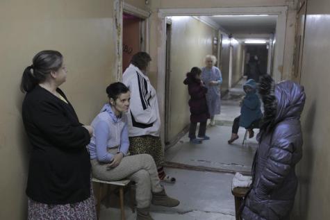Certains ont trouve refuge dans ce dortoire de Donetsk.