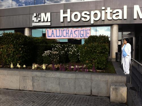 A l'entrée de l'hôpital La Paz: «La lutte continue»