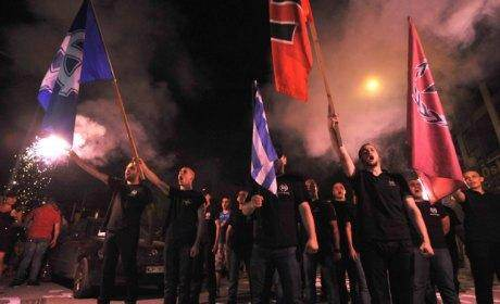 Manifestation du mouvement nazi Aube Dorée.