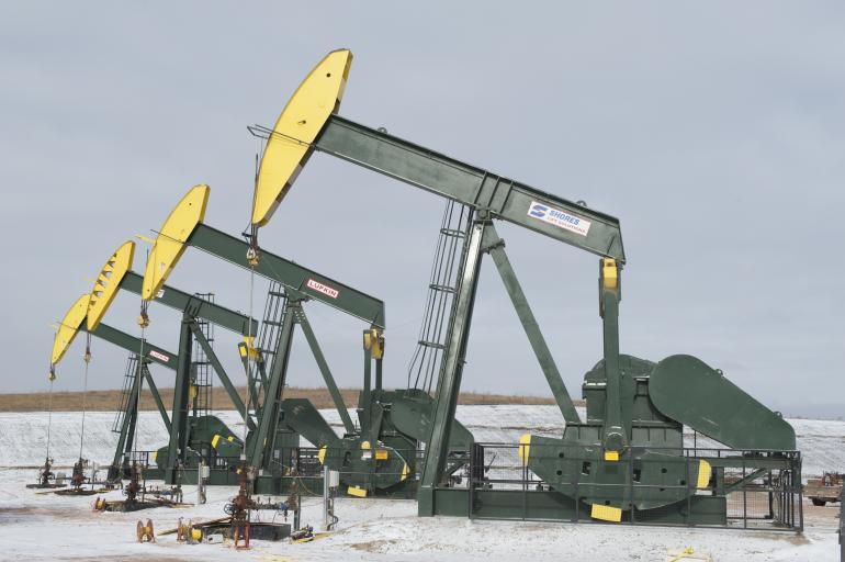 Gisement d'huile de schiste à l'arrêt dans le Dakota