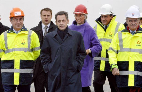 Martin Bouygues lors d'une visite du site de l'EPR, ici avec Nicolas Sarkozy et Christine Lagarde.
