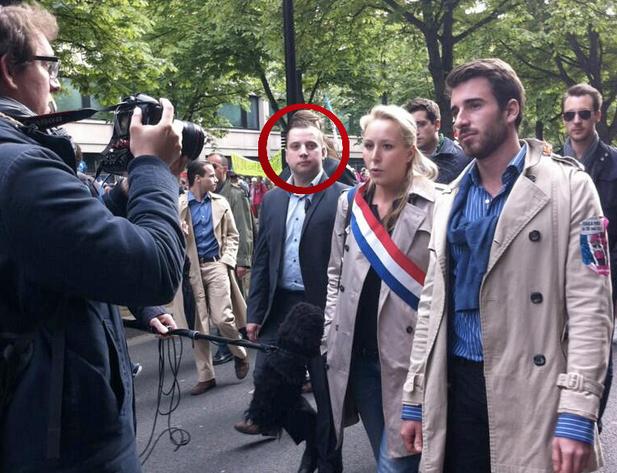 Mathieu Spieser assurant la sécurité de M. Maréchal-Le Pen, lors de la manifestation contre le mariage pour tous du 26 mai 1013.