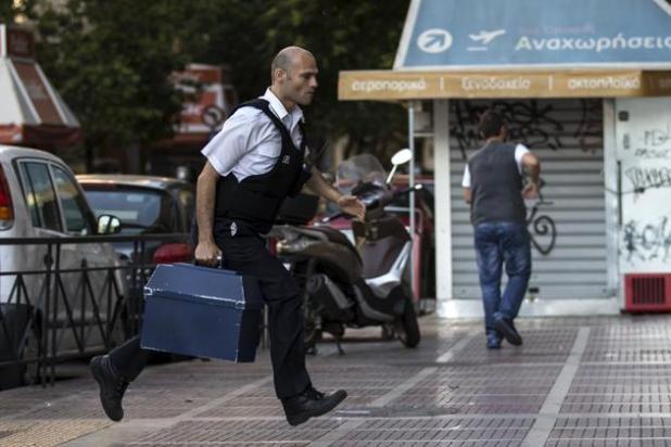 Un insider raconte: comment lEurope a étranglé la Grèce (Mediapart)