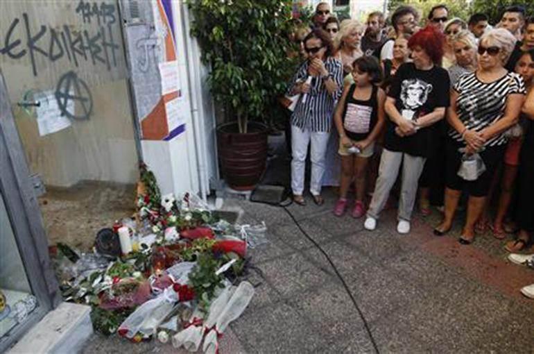 Sur les lieux de l'assassinat de Pavlos Fyssas