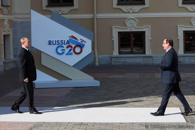 François Hollande accueilli par Vladimir Poutine au sommet du G20.