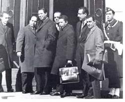 Signature des accords d'Evian, mars 1962.