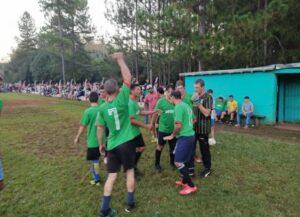 Coronavirus en Misiones: se conoció un nuevo video del torneo de fútbol ilegal en Los Helechos