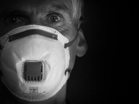Эксперты назвали катастрофическим влияние коронавируса на психику