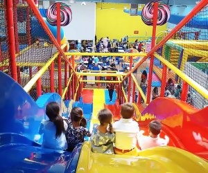 19 Indoor Party Spots With Mega Playgrounds For Nyc Kids Birthdays Mommypoppins Things To Do In New York City With Kids