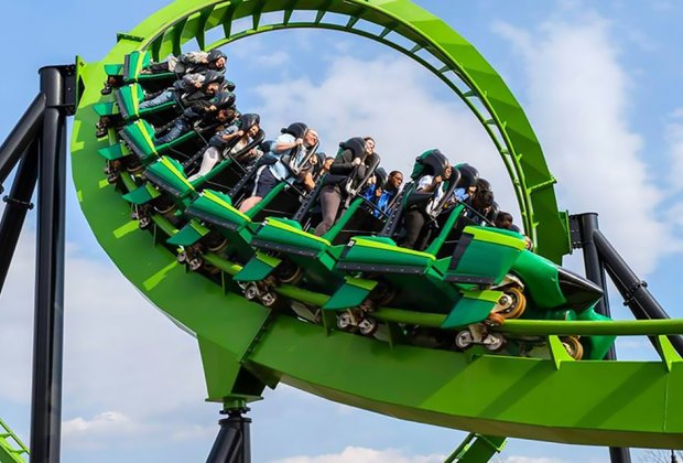 Six Flags Nj An Amusement Park With Big And Little Thrills Mommypoppins Things To Do With Kids