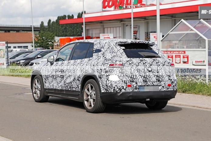 Spy photo Mercedes EQS SUV 2022 - exterior