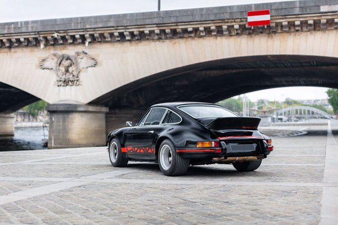 Collector's item: one of the rare and valuable Porsche 911 2.8 RSR up for auction